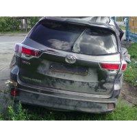 Продам а/м Toyota Highlander битый